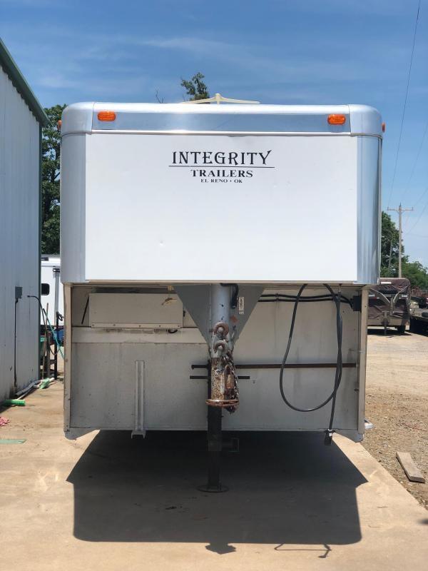 2004 Integrity Trailers 8408LQ  4H 8' LQ
