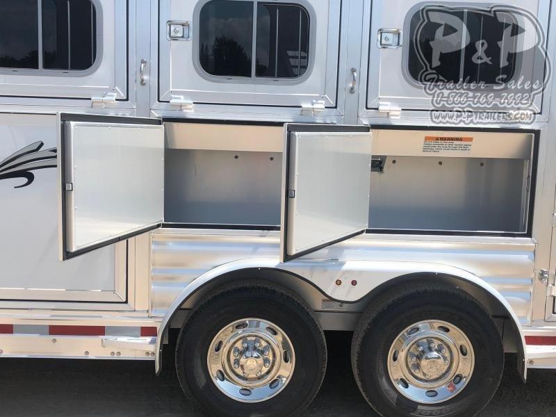 2020 Platinum Coach 75BPST 5 Horse Slant Load Trailer