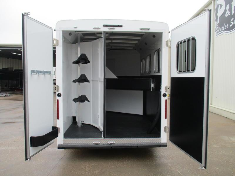2019 Bison Trail Hand 7307TH 3 Horse 7' Short Wall