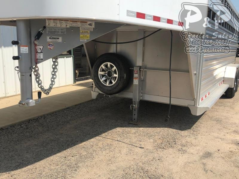 2017 Cimarron Trailers STK20 20 ft Livestock Trailer