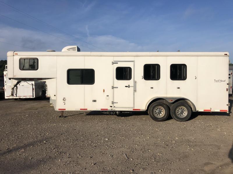 2014 Bison Trailers Trail Hand 3H 8LQ Horse Trailer