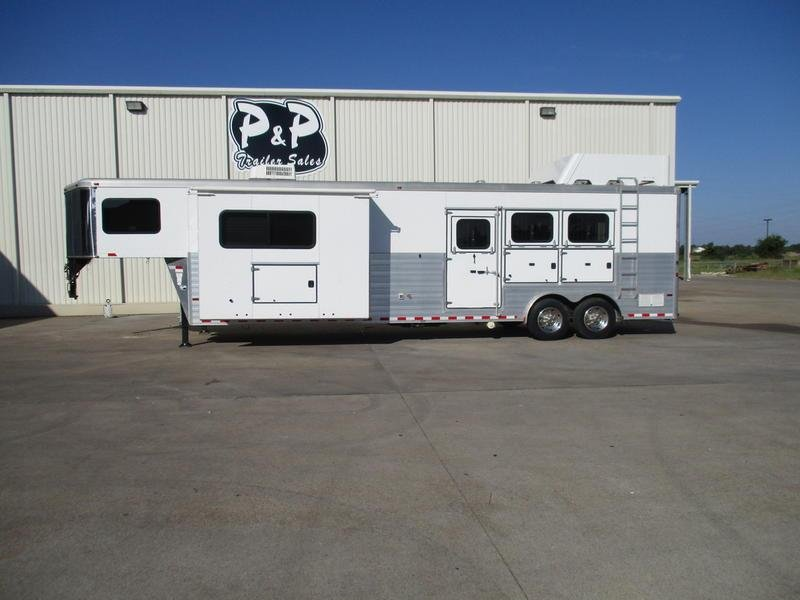 2012 Sundowner Trailers Limited Edition 14' Shortwall With Slide-Out