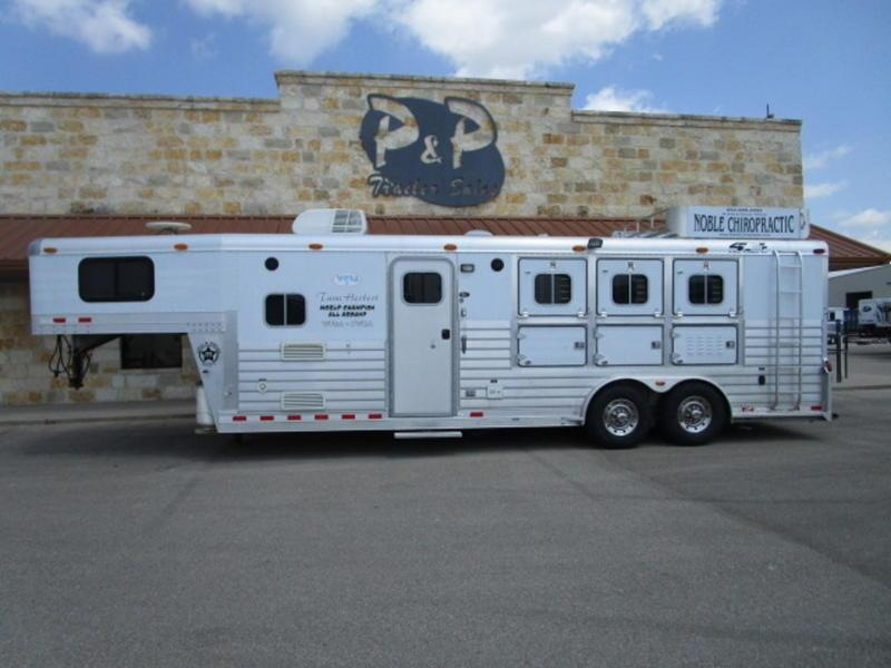 2001 4-Star Trailers 3 Horse 10' SW in Ashburn, VA