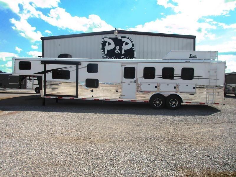 2020 Bison Trailers Ranger 8414RGLBH 4 Horse Trailer 14 LQ With Slides Slant