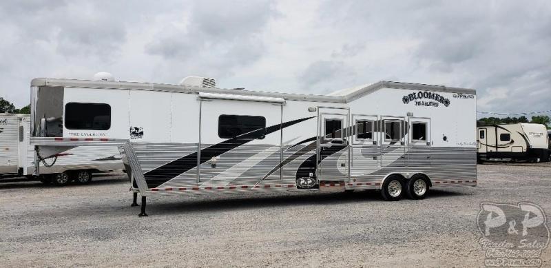 2015 Bloomer 8414 4 Horse Trailer 14 LQ With Slides Slant in Ashburn, VA