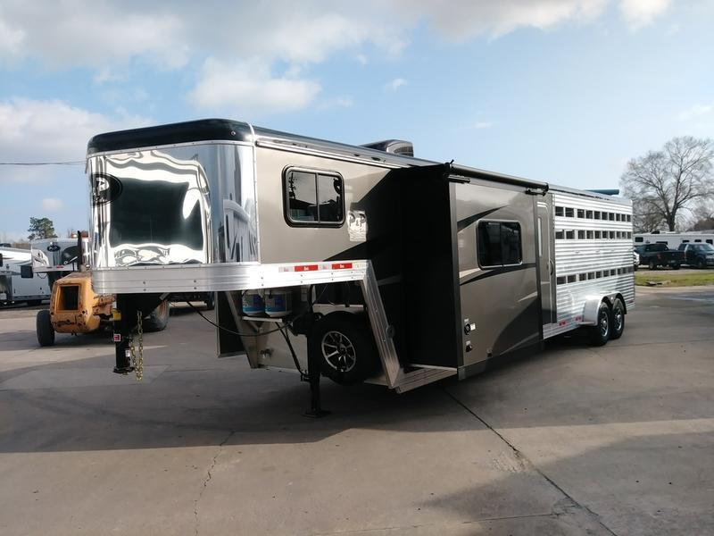 2018 Bison 7009TBSO