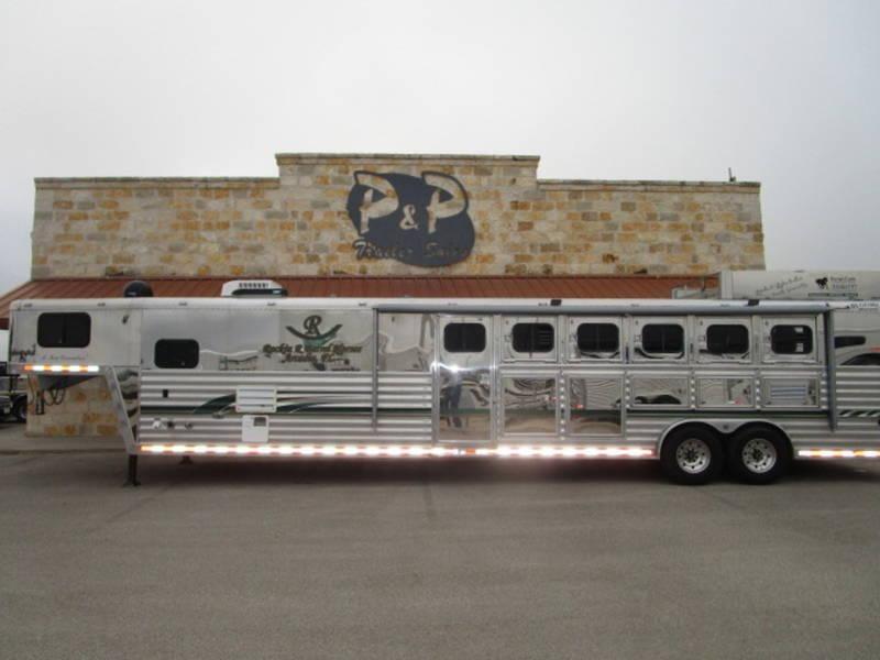 2000 Bloomer 5H 13 FT 5 Horse Trailer 13 LQ Slant in Ashburn, VA