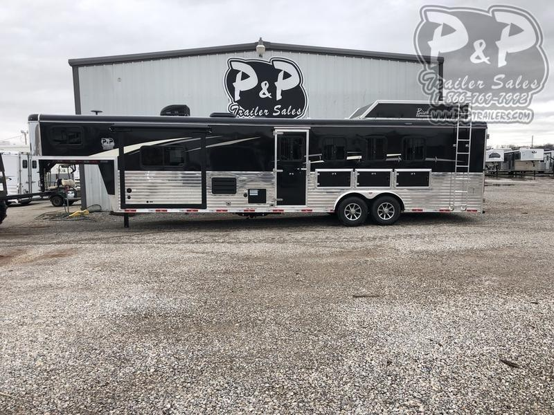 2018 Bison Trailers Ranger 8411RG 4 Horse 11' Shortwall 4 Horse Slant Load Trailer LQ With Slides