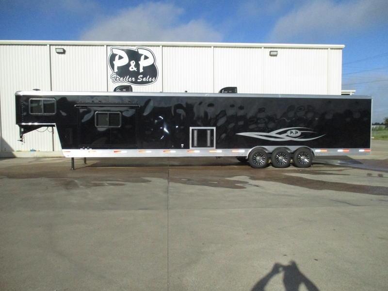 2019 P & P 38' Toy Hauler in Ashburn, VA