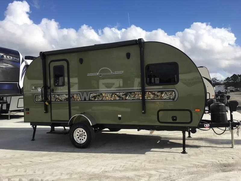 2018 Winnebago Minnie Drop 1790