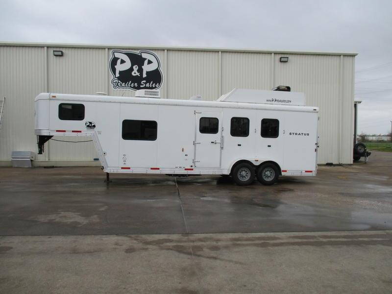 2012 Bison Stratus 380ML 3 Horse 8' Short Wall with Generator