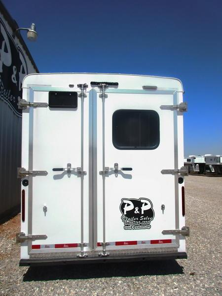 2019 Bison Trail Hand 7307THS 3 Horse 7' Shortwall