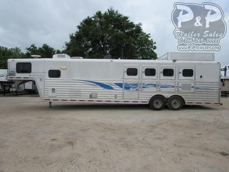 2003 Bloomer 8414 4 Horse Slant Load Trailer 14 FT LQ