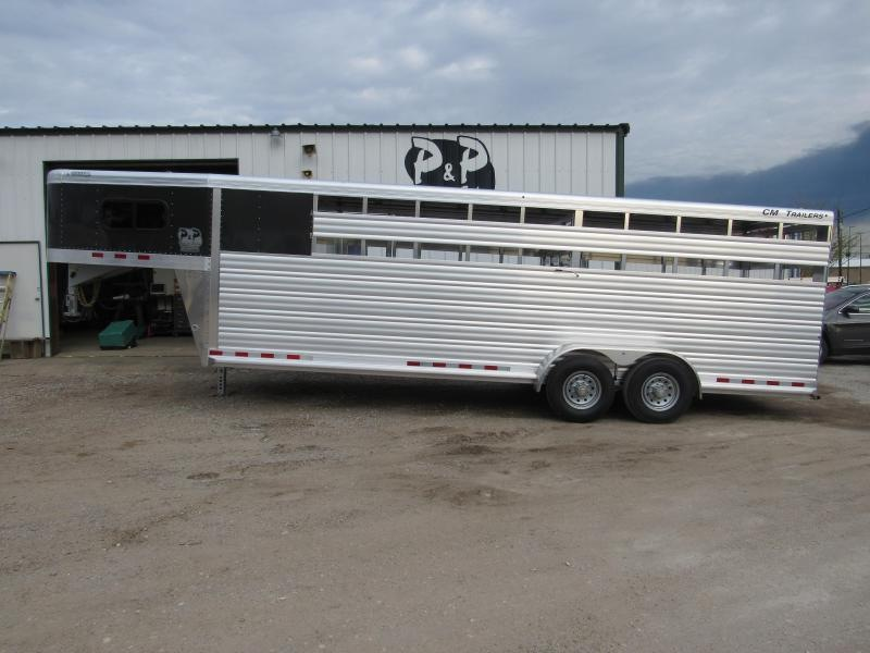 2019 CM Roundup Aluminum 24x6.8'x7' Horse Trailer