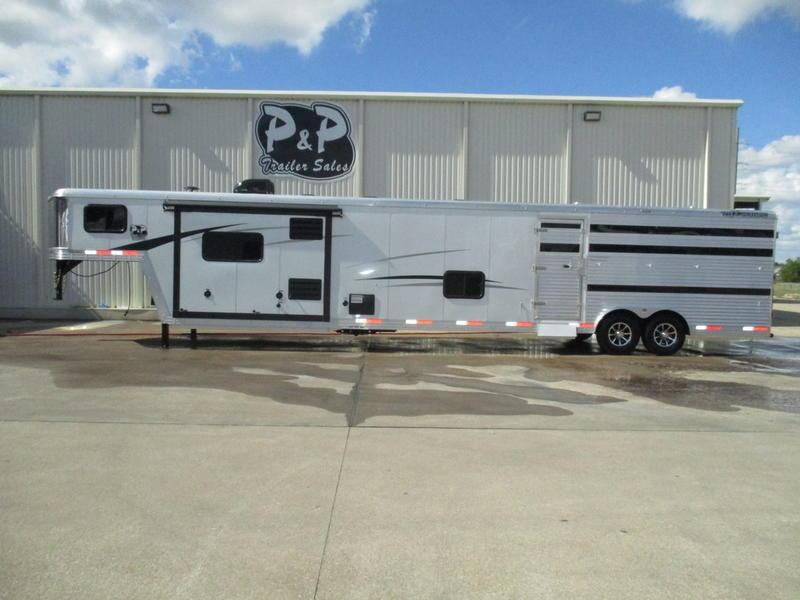 2019 Bison 8011LDSTLT 16' Stock w/Mid Tack 11' Short Wall w/Slide-Out in Ashburn, VA