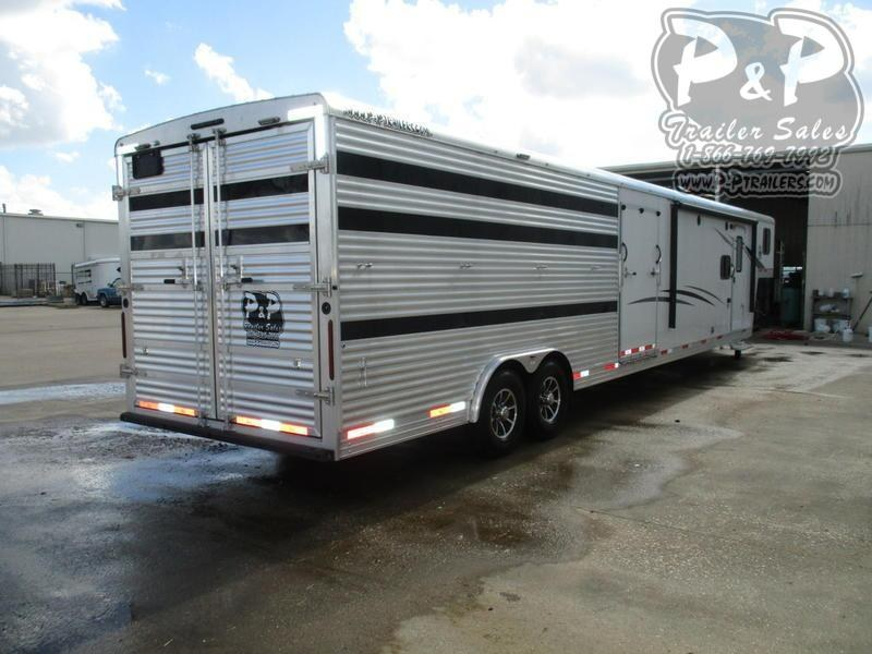 2020 Bison 8011LDSTLT 16' Stock w/Mid Tack 11' Short Wall w/Slide-Out