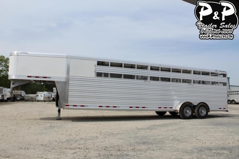 2019 CM Roundup AL 28 68 W x 7' T Livestock Trailer