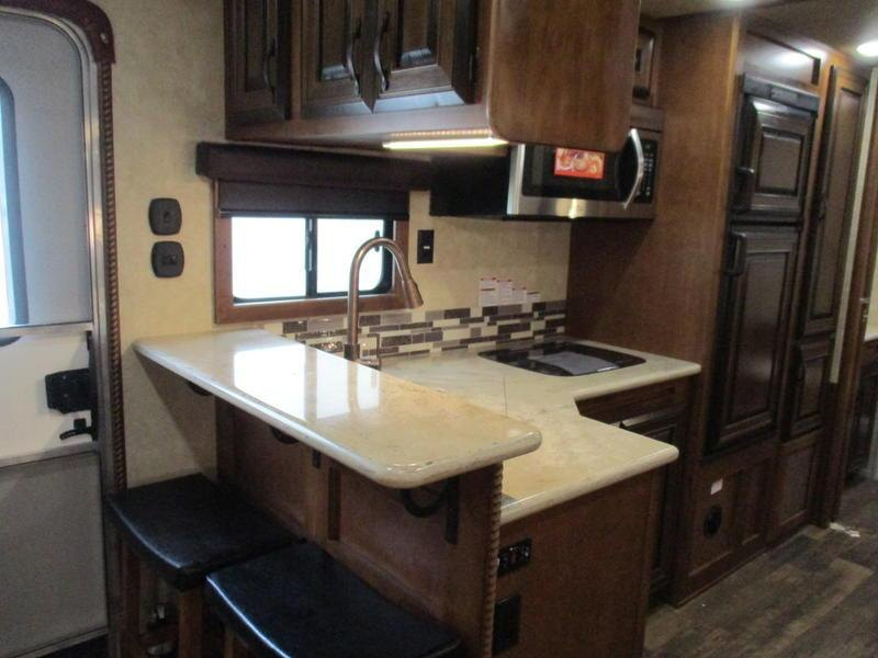 2020 Bison Trailers 8417 PRRSL Premiere 4 Horse 17 Short Wall With Generator 4 Horse 0 LQ Horse Trailer