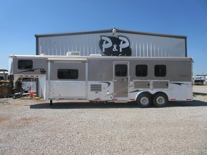 2012 Bison Trailers 8312 stratus 3 Horse Trailer 12 LQ With Slides Slant in Ashburn, VA
