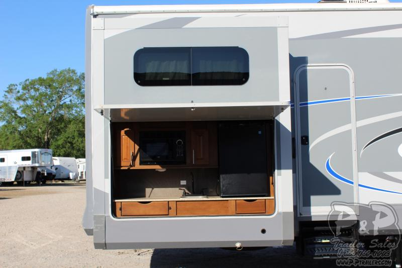 2017 Heartland Recreational Vehicles Open Range 3X 427BHS 41.83' Fifth Wheel Campers LQ