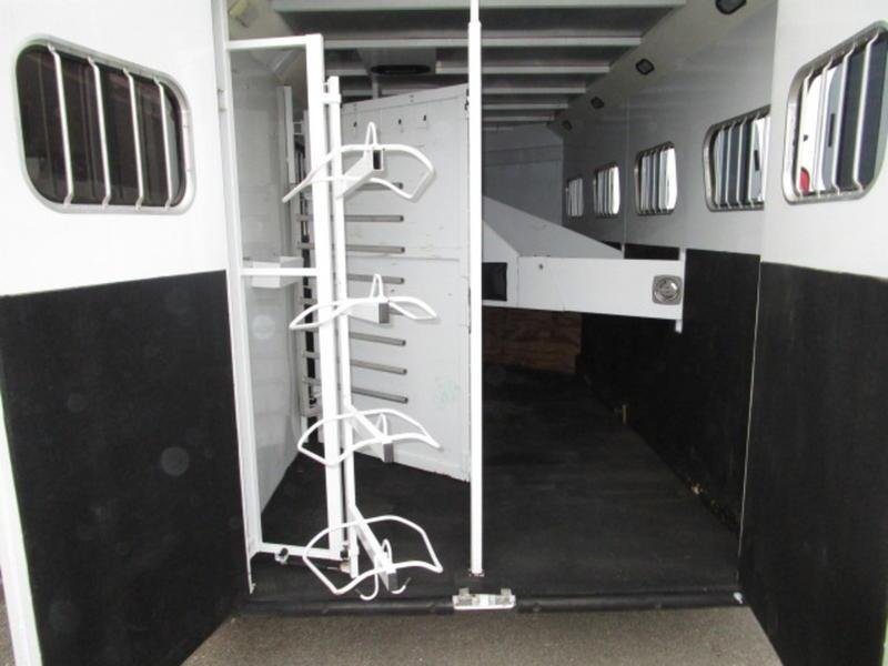 2003 Trails West Sierra Standard 4 Horse Gooseneck