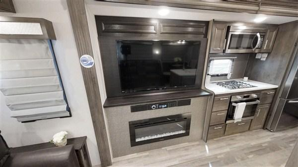 2019 Forest River Cardinal 3250RLX 34.92' Fifth Wheel Campers LQ