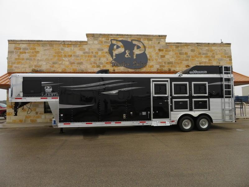 "2019 Lakota Trailers Charger 3 Horse 13'6"" Short Wall"