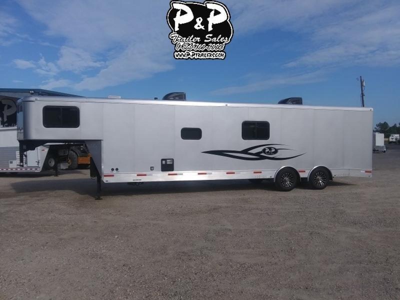 2019 P and P 30 Toy hauler 30' Toy Hauler LQ in Ashburn, VA