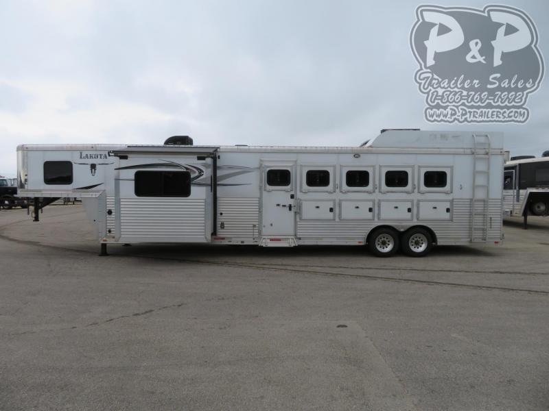 2014 Lakota C8512 5 Horse Trailer 12 LQ With Slides Slant