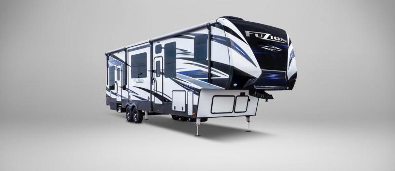 2019 Keystone Fuzion 410 TOY HAULER 43'7