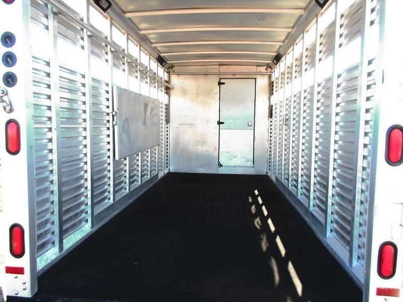 2002 Sundowner Trailers 7008 Stock Combo