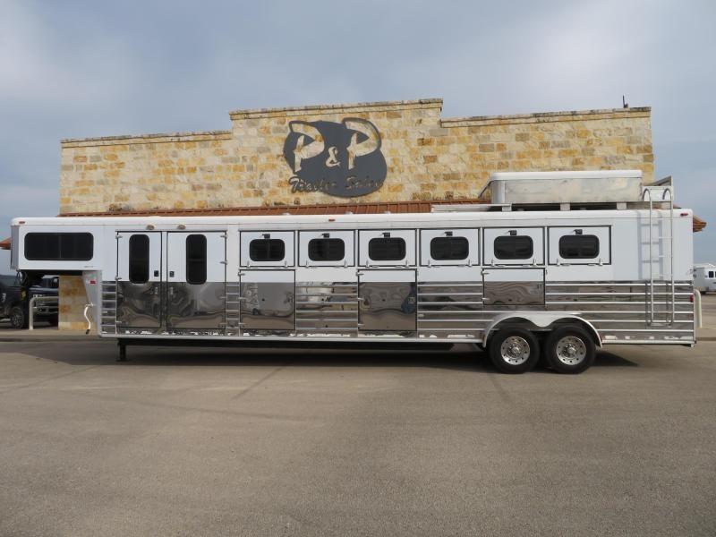 2003 Sundowner Trailers 6H Trainer Horse Trailer