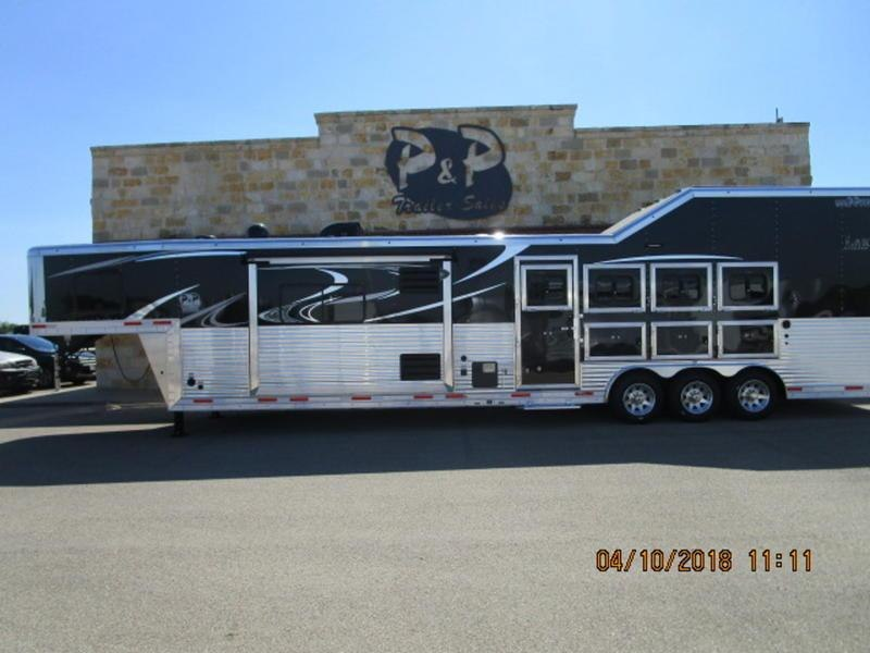 2018 Lakota Trailers BH8416TSRB 4 Horse 16Ft Short Wall