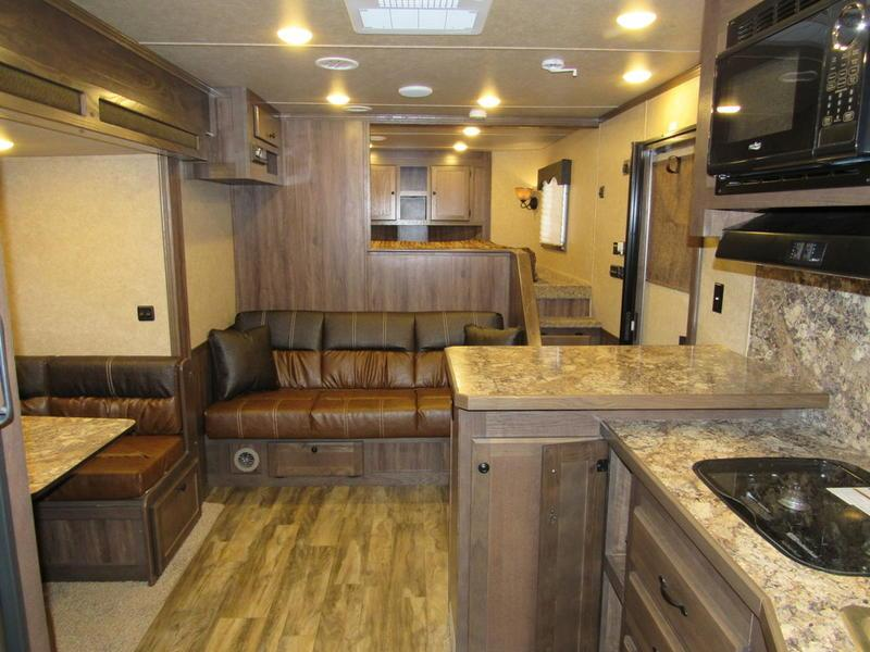 2020 Lakota 4 Horse 15 Living Quarter w/Slide-Out 4 Horse Trailer 15 LQ With Slides Slant