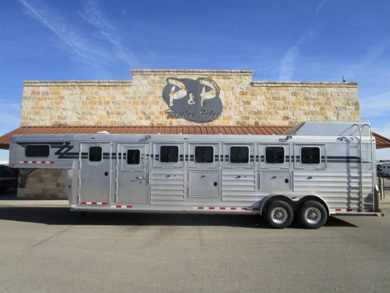 2011 4-Star Trailers 6 Horse Trainers w/ Air Ride