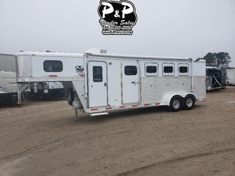 2007 Exiss 7405 4 Horse with 5' Short wall