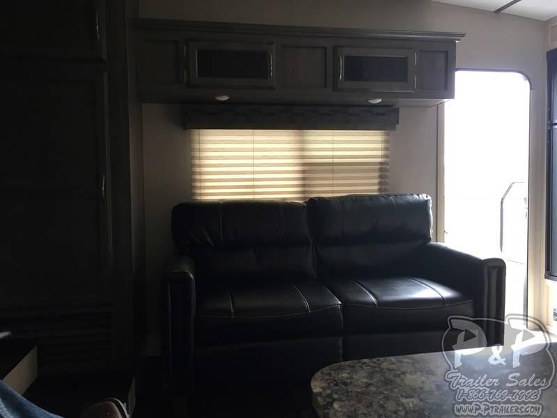 2018 Winnebago Minnie Plus 25RKS 27.25' Fifth Wheel Campers LQ