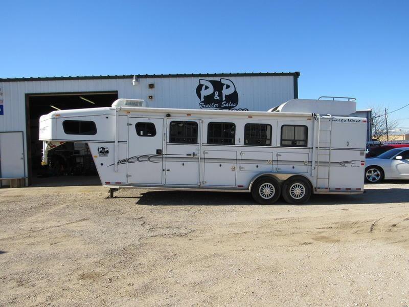 2004 Trails West Sierra 4 Horse 6' Short Wall