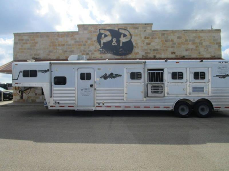 "2005 Platinum Coach Trailers 4 Horse 11'6"" Short Wall with Generator"