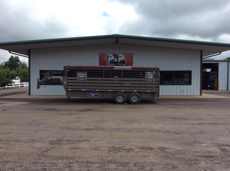 2012 Gooseneck 68x20 Stock 20' Livestock Trailer in Ashburn, VA