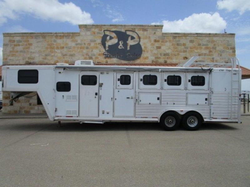 2003 CM 4 Horse 8' Short Wall