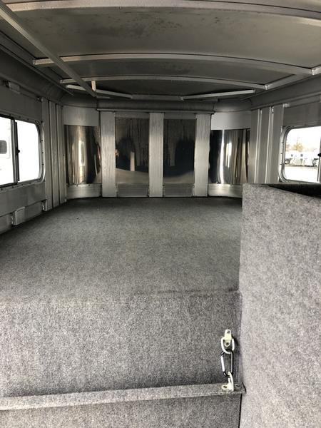 2019 Platinum Coach Trailers 6H GN Smart Tack