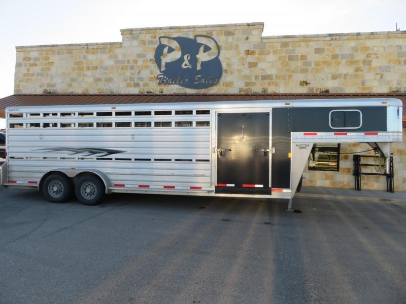 2016 Exiss Trailers 24 Stock Combo 24' Livestock Trailer