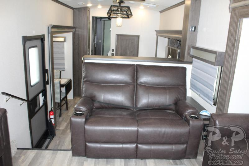 2020 Forest River Cardinal Luxury 3700FLX 41.04' Fifth Wheel Campers LQ