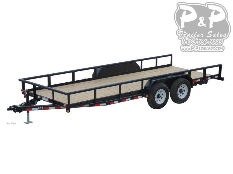 2019 PJ Trailers Angle Pipetop (P8) Car / Racing Trailer