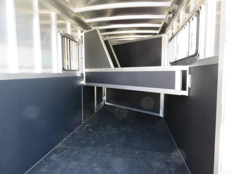 2019 P & P 3-Horse Slant Load