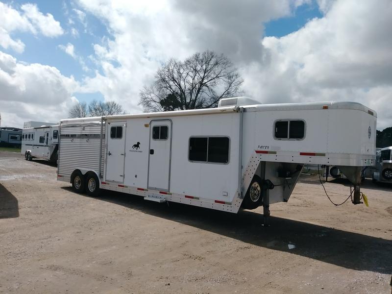 1999 Exiss 4H8SW 4 horse 8' Shortwall
