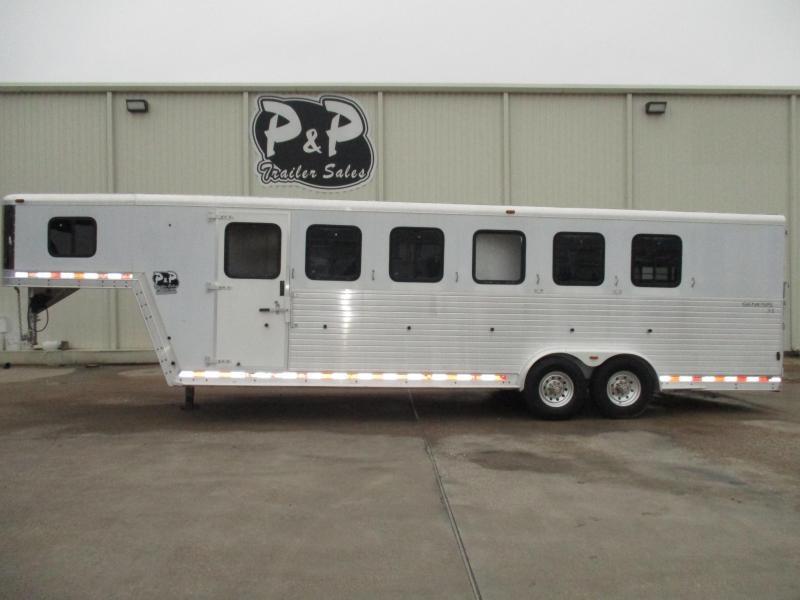 2001 Kiefer Built 6 Horse Trailer