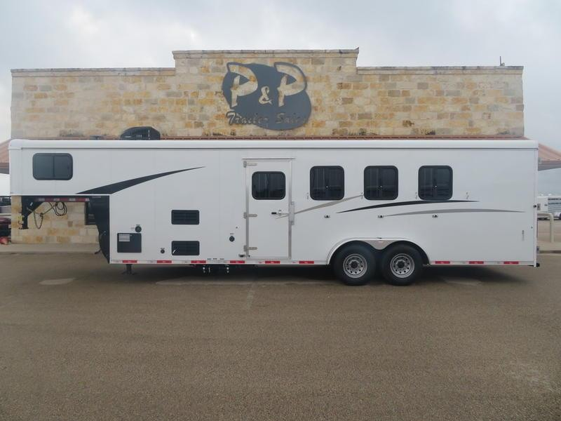 2019 Bison Trail Hand 4 Horse 7ft Short wall