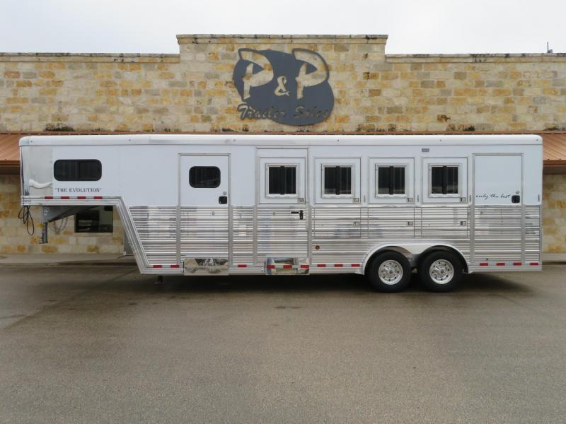 2019 Bloomer 84TRNS 4 Horse Trailer Slant